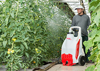 Two-wheel battery-operated sprayer<br>A 50